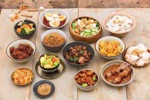 De ideale Indonesische rijsttafel aan boord