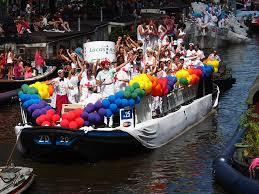 Gay pride en gayparade te amsterdam boot huren